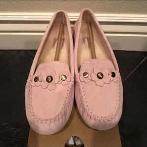 New! Ugg Lizzy slippers/Moccasins Sz 8